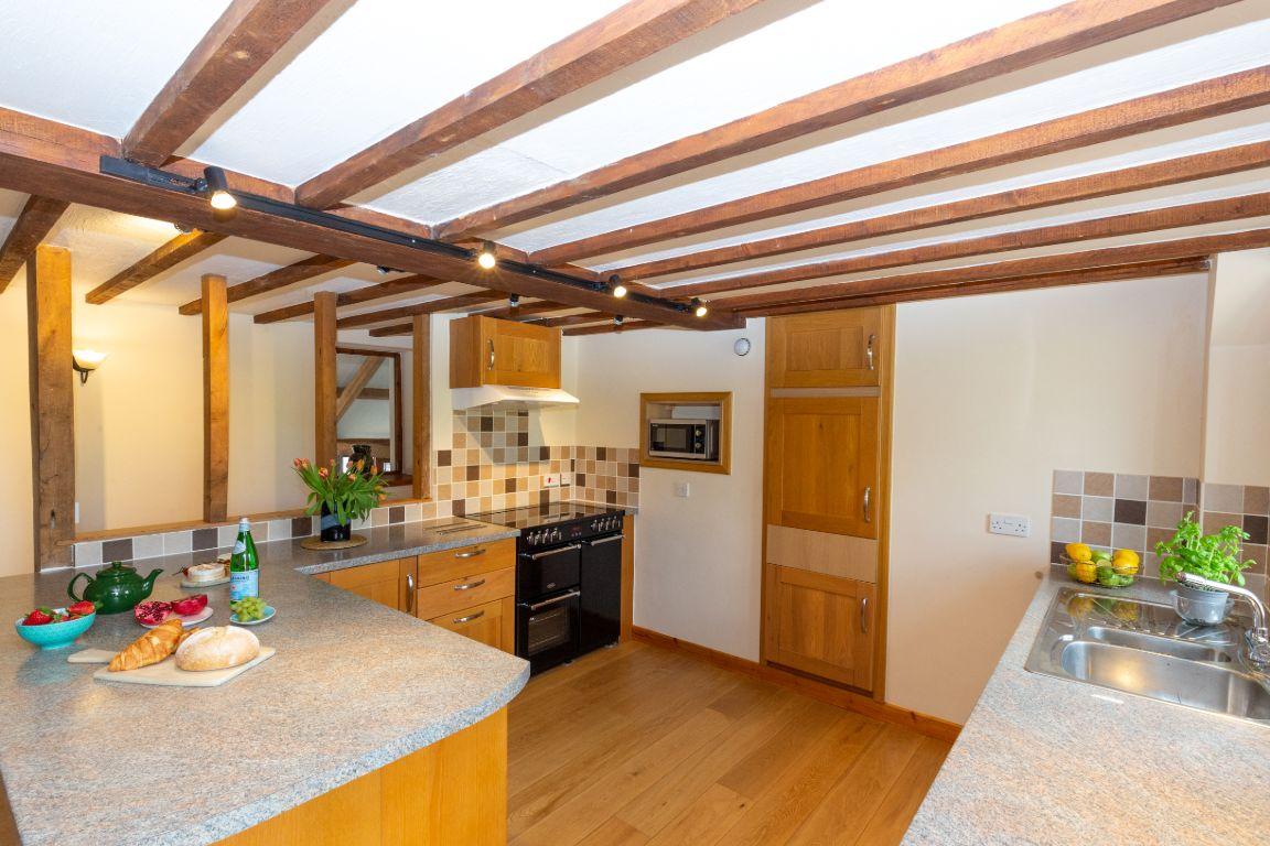 Elm Barn kitchen